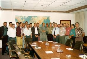 Zu Gast in Brüssel beim Nato-Generalsekrätär Dr. Wörner 1989