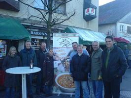 Jährliche Teilnahme mit der ganzen Crew am Weihnachtsmarkt Bad Boll